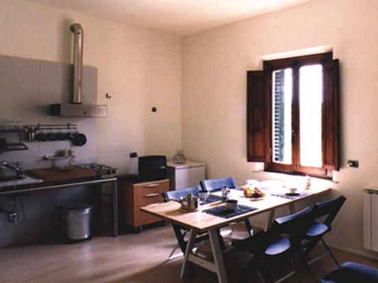 Casa Vacanze Fornacino Apartment Sunflower, vacation rental in Corazzano