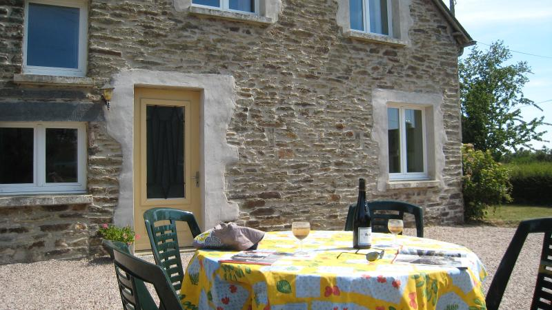 Alfresco Dining at its best!