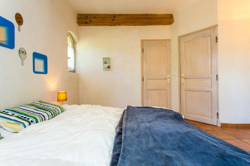 Master bedroom, with en-suite bathroom and walk-in wardrobe