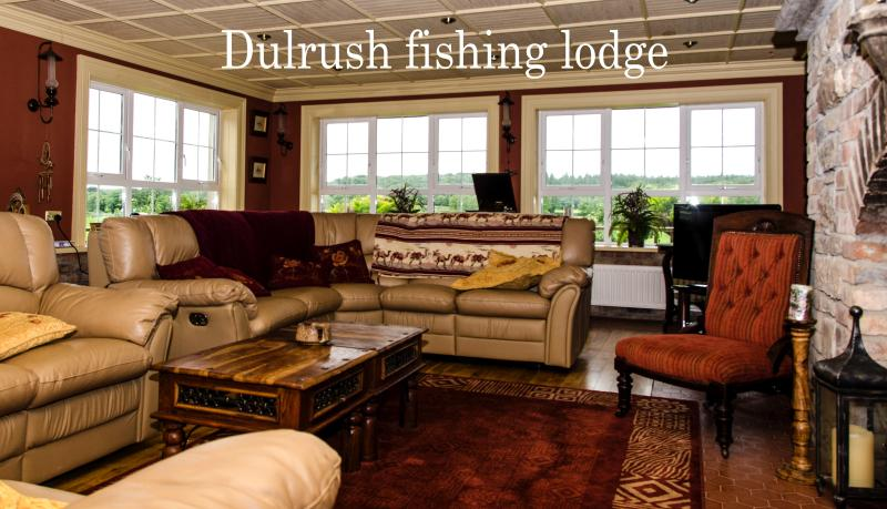 Wild Atlantic Gateway Dulrush Lodge B&B, vacation rental in Ballyshannon