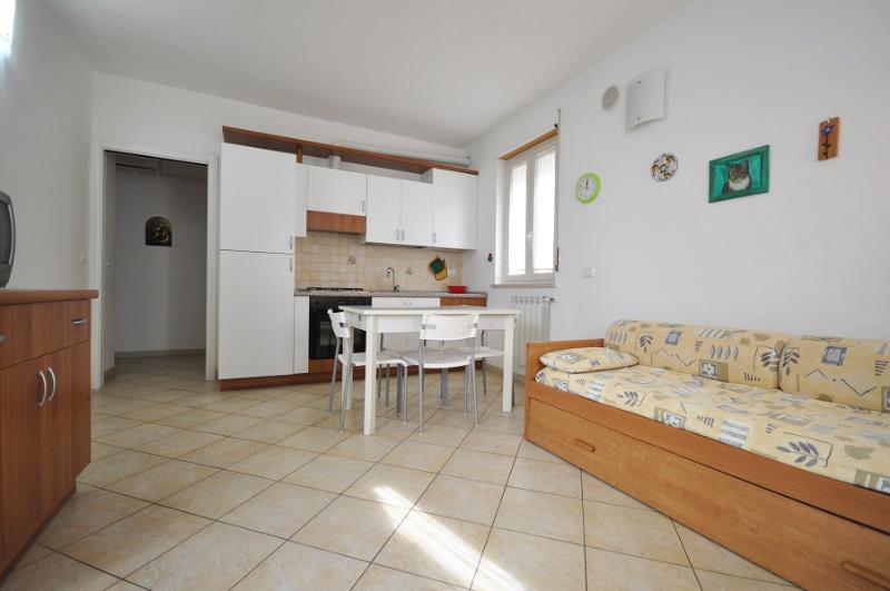 Casa Camilla per 4 al mare, alquiler de vacaciones en Torre di Cerrano