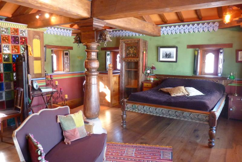 les sept couleurs du temps, holiday rental in Beaujeu
