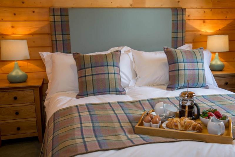 Crisp luxury bed linen at our Scottish Highland Lodge