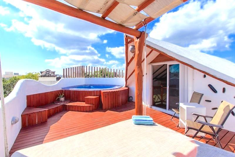 Private Roof