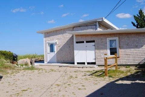 The home sits back from the road, so foot traffic to and from the beach is not an issue.