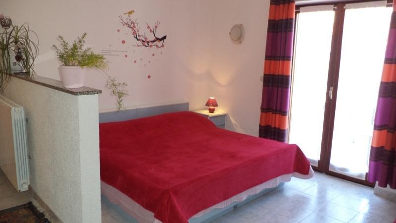 Apartment studio Lori, holiday rental in Valbandon