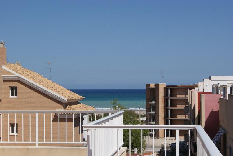 Ático dúplex en Canet de Berenguer, vacation rental in Almenara