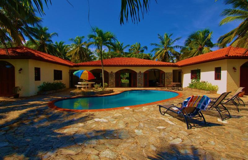 The villa has a main wing with the living areas and two bedroom wings for great air circulation.
