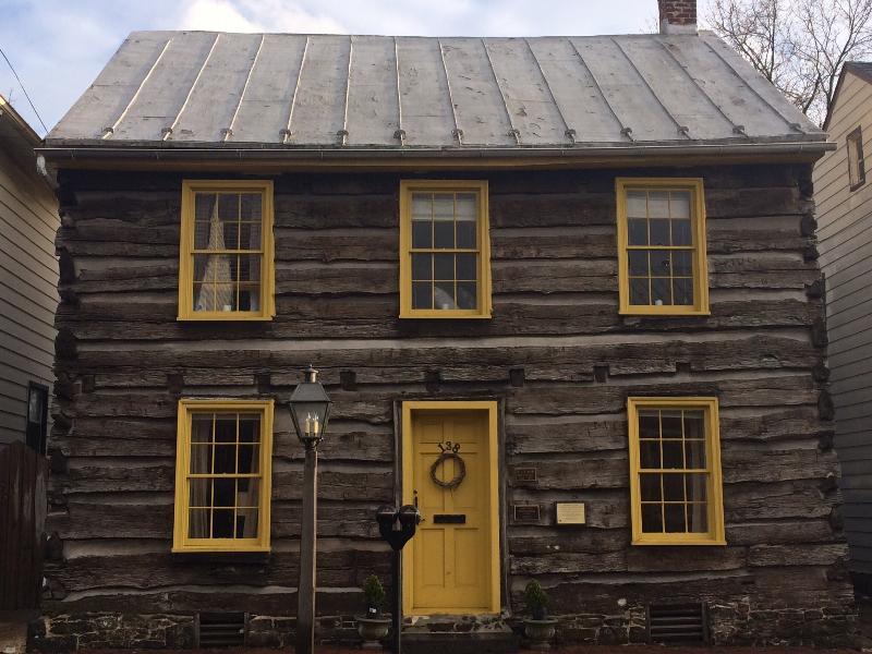 Historic Thaddeus Stevens' Gettysburg Log Cabin, vacation rental in Gettysburg