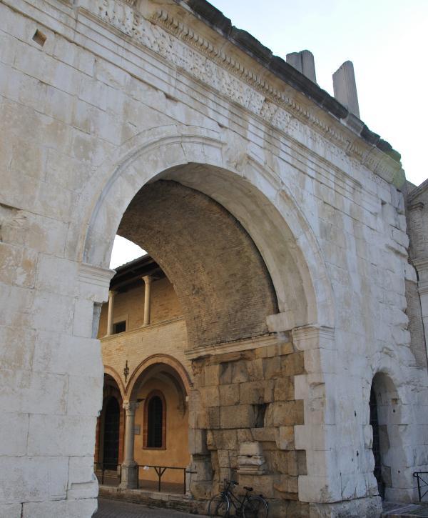 Fano: Arco di Augusto