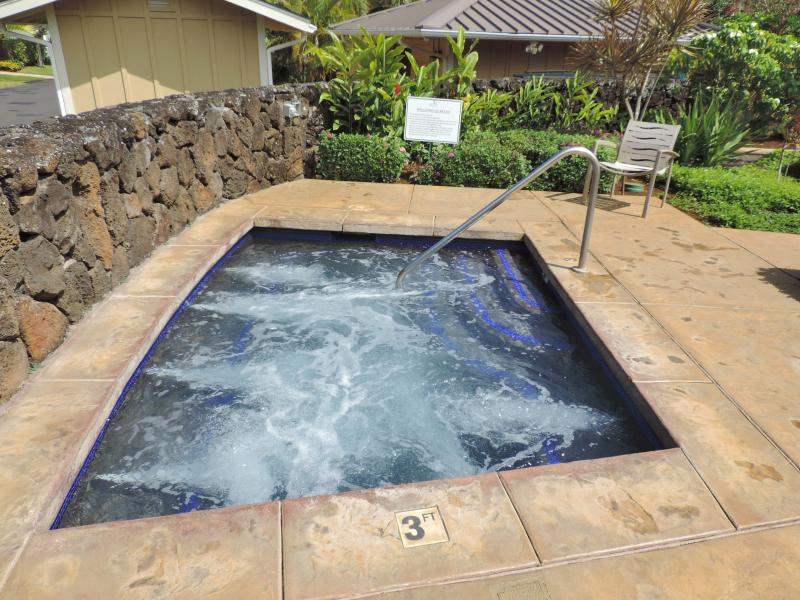 Big Hot tub for relaxing after a long day.