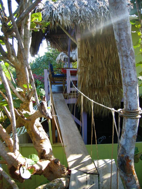 flippig, Hängebrücke, die die Häuser 2 verbindet