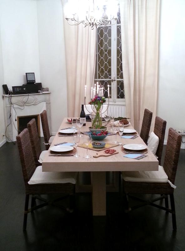 dining room with seating for 10