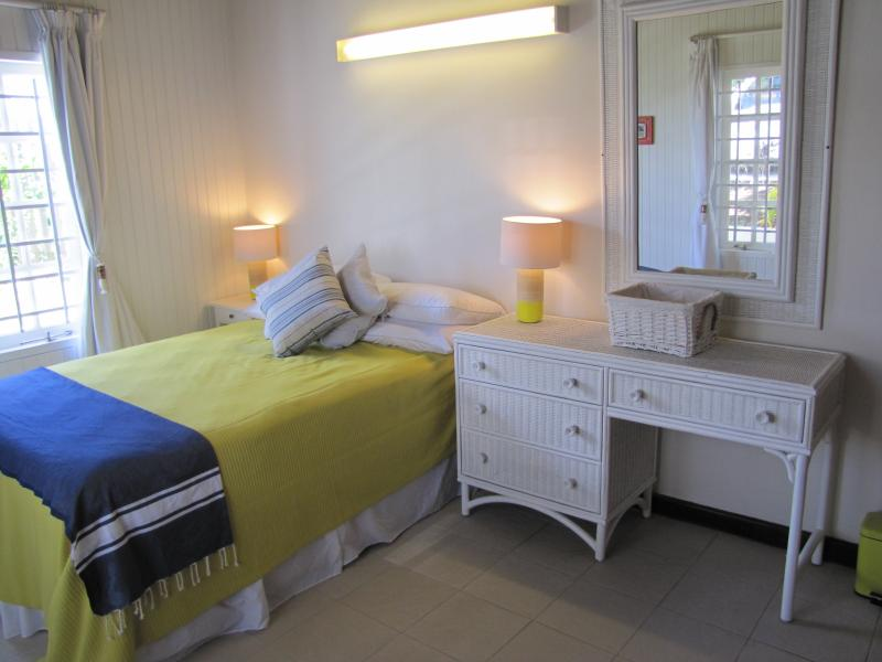 Sand bedroom