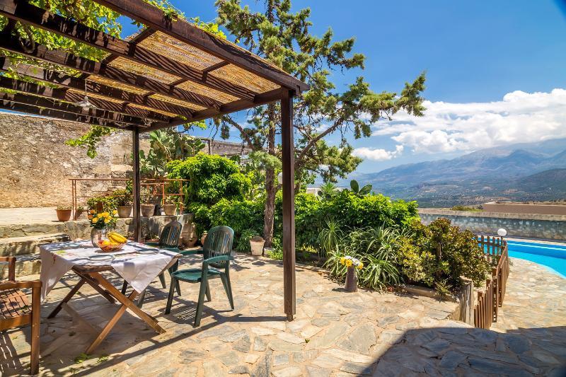 Aegean Luxury Villa, holiday rental in Aptera