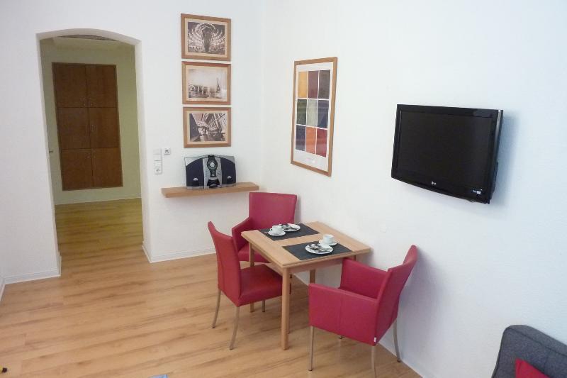 Lessing-Apartment zentral und ruhig in Düsseldorf, holiday rental in Düsseldorf