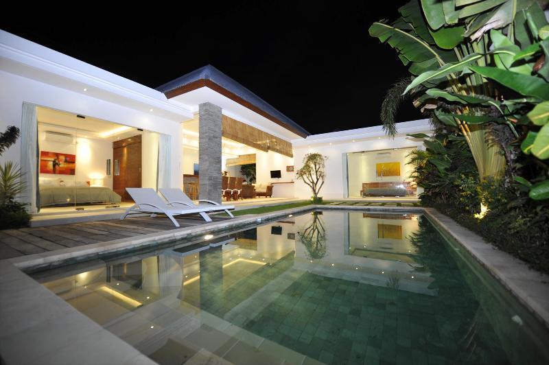 Villa Lotus 2