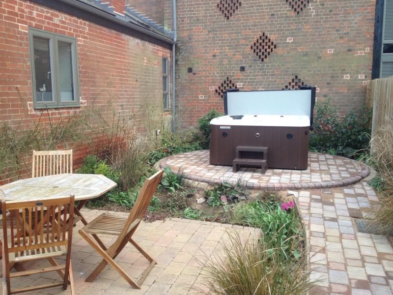 Private hot tub in The Tack Room garden. Exclusive use for guests staying in this cottage only.