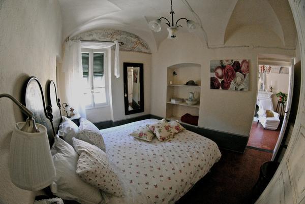 Suite Agata in BB Le Gemme, location de vacances à Isolabona