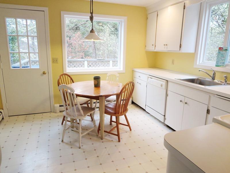 Ät i kök med tillgång till däck - 200 Indian Hill Road Chatham Cape Cod New England Semesterbostäder
