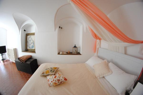 Casa Le Gemme, location de vacances à Isolabona