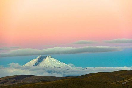 Cotopaxi volcano photo Tandazo, to 3 hours of Quito... Cotopaxi volcano photo by Tandazo hours of Q and a