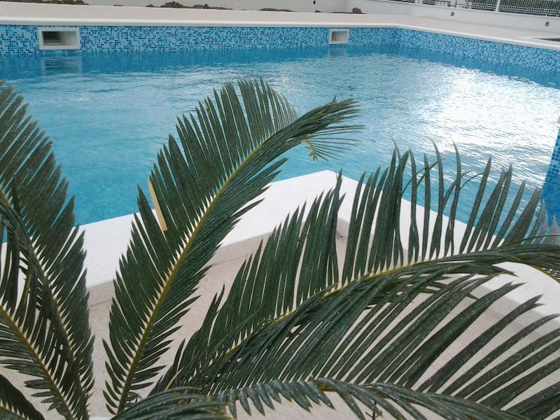 Apartmanets Zulim, holiday rental in Donji Seget