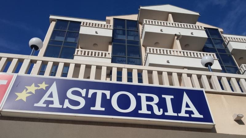 Astoria1