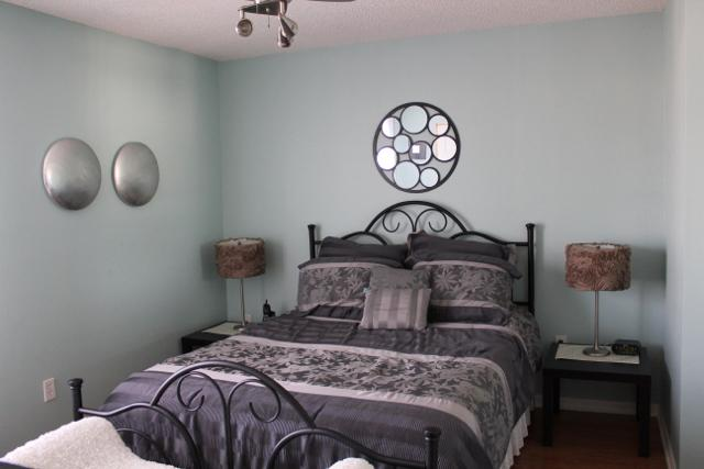 Master bedroom with a Queen-bed