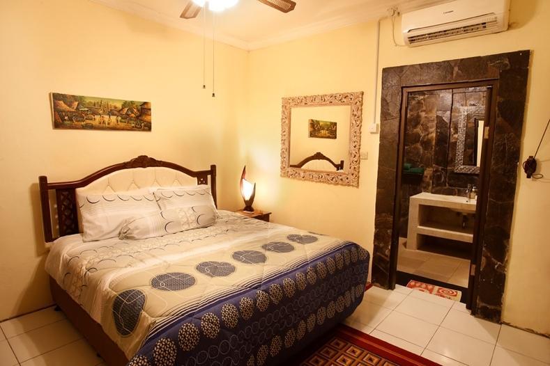 Bedroom #1 With en Suite