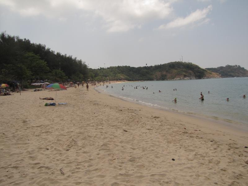 Nearby beach for swimming