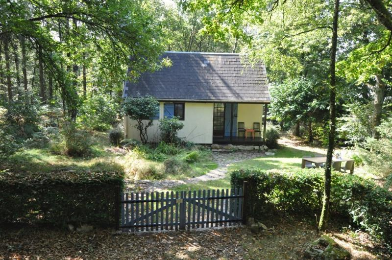 Maison Formidable front garden