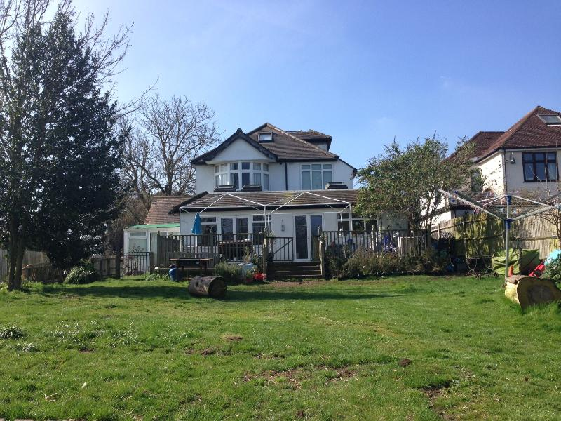 Lovely house and garden, Central London 35 mins, vacation rental in Westerham
