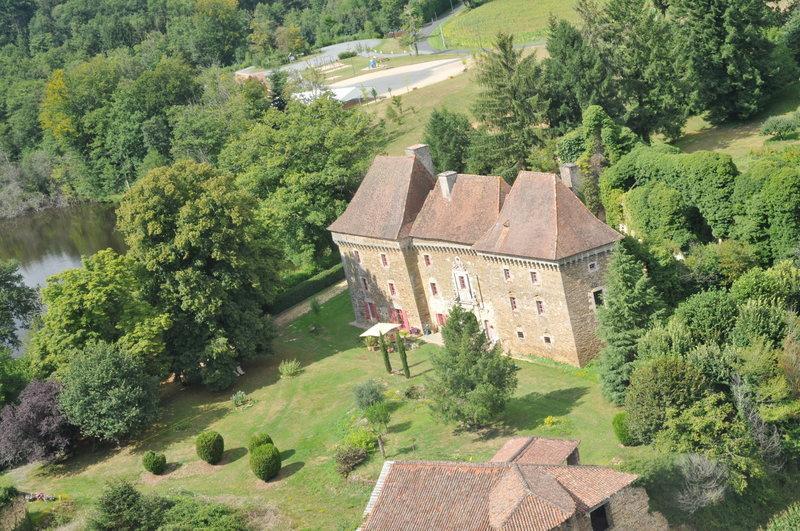 Chateau de Frugie, casa vacanza a Ladignac le Long