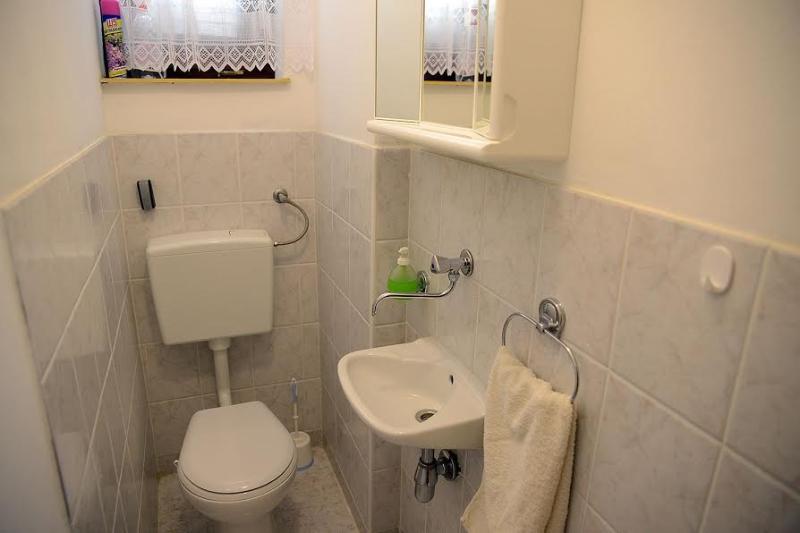 andra badrummet