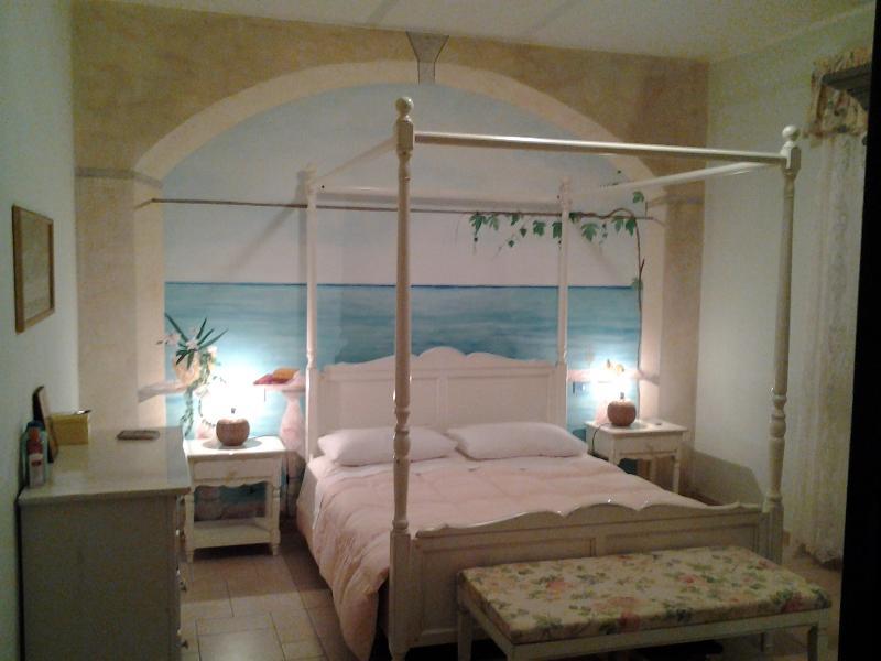 Schöne geräumige Zimmer mit Doppelbett