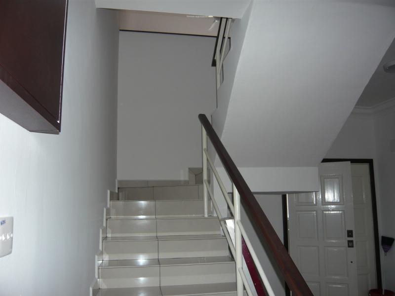 Escaleras a la sala