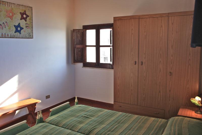 Gioeni bedroom