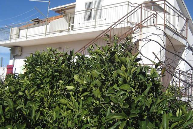 Apartments Marusic A7, alquiler vacacional en Vinisce
