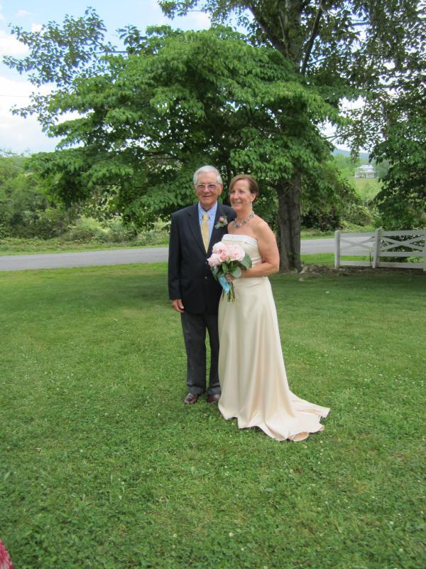 La novia y el orgulloso padre.