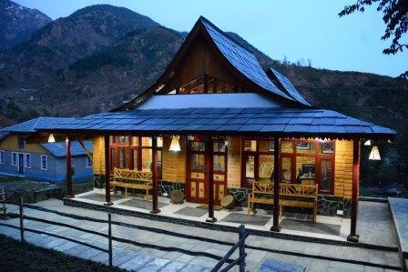 Sandeepni Ayurvedic Health Resort, vacation rental in Palampur