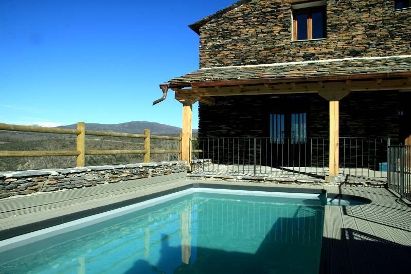 EL ROBLE HUECO, holiday rental in Valverde de los Arroyos