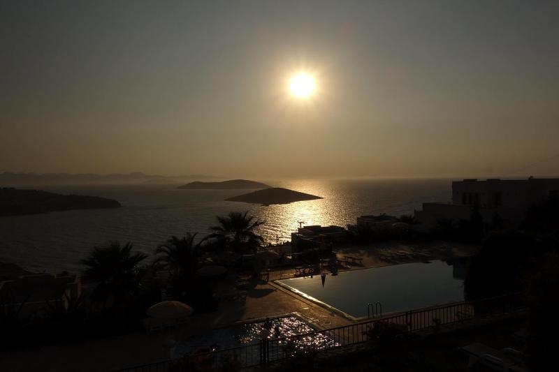 Otra puesta de sol en residencia Carpe Diem