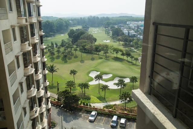 : Giorno camera finestra fronte vista campo da golf
