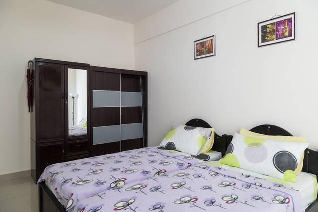 Fully Furnished Master Room with Air Cond