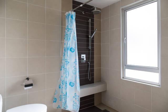 Bagno privato con acqua calda sanitaria