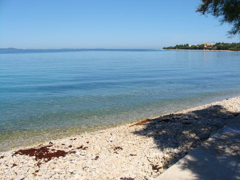 Step to the beach!, vacation rental in Petrcane