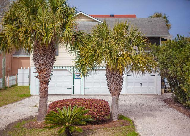 Flexible Refund Policies: Tybee Island 4BR home w/ pool & parking, holiday rental in Tybee Island