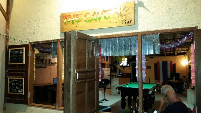 The Cave Bar/Guesthouse, holiday rental in Chiang Dao