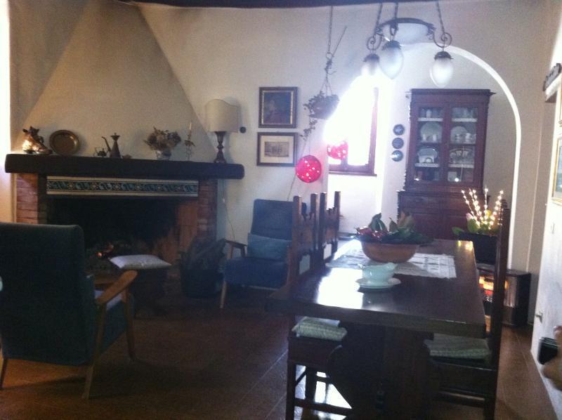 Affitto appartamento montevettolini, aluguéis de temporada em Monsummano Terme